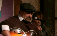 Roots Music, Week 17: Christmas Special with Raul Malo (2010)