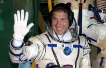 ISS Has New Residents; Heartbeat Finder, Sandra Bullock in Space (sort of); more