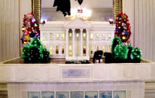 West Wing Week: Holiday Card Edition