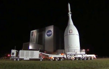 Orion Spacecraft Prepped for Dec. 4 Test; Europeans Land on Comet; more