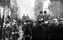 President Woodrow Wilson Arrives in Paris After Armistice, 12-16-1918