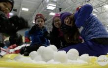 'Family Snow Days' Brings Holiday Cheer For Santa Clarita Families.