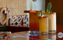 Five Minute Foodie: Happy Hour | Noche Azul