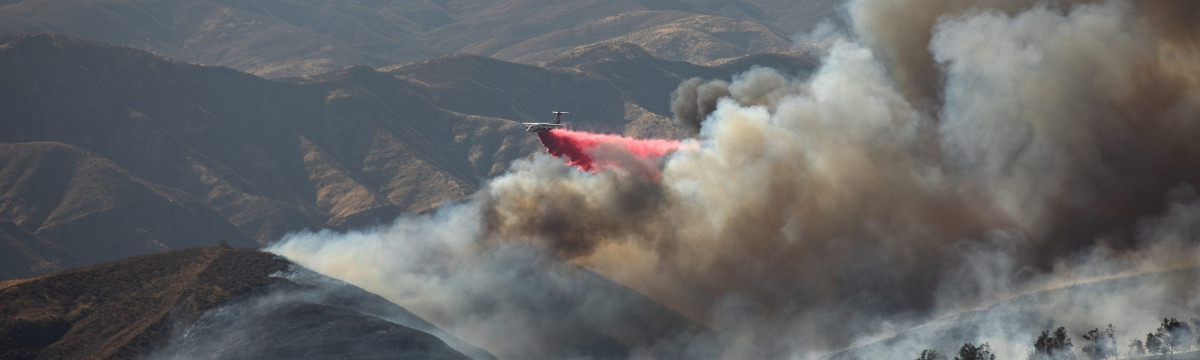 Fast-Moving Castaic Fire Erupts to 160 Acres